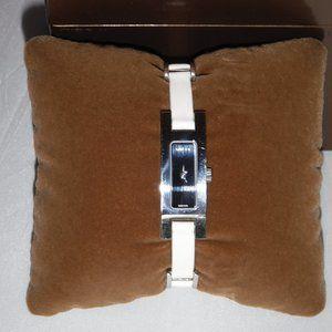 Vintage GUCCI 3900L Black Dial White Leather Watch